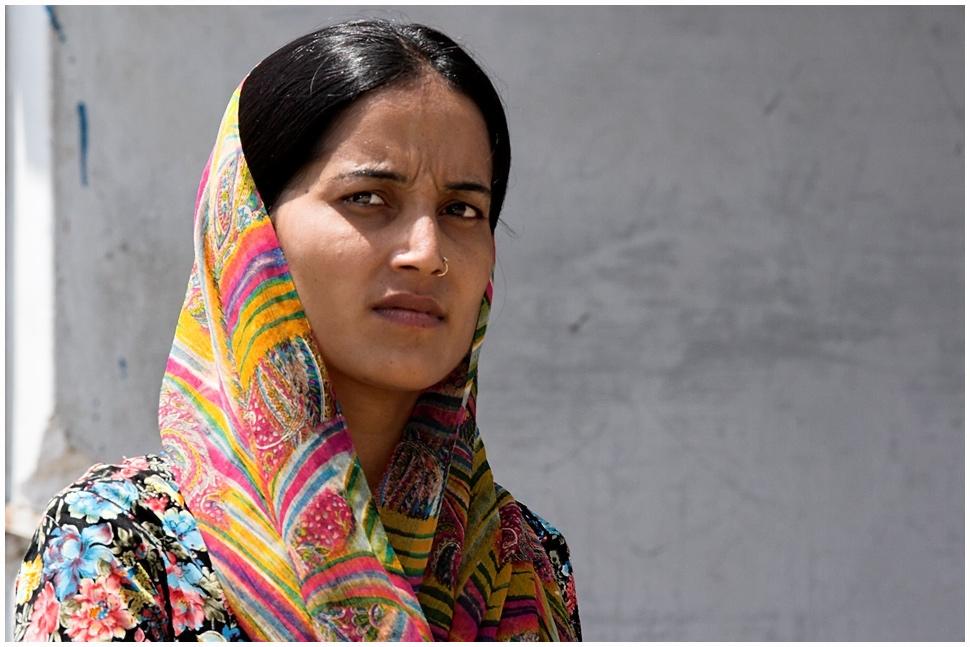 Una Razón Divina Impide A Las Mujeres De La India Llamar A