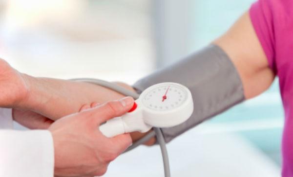 Las mujeres con presión arterial alta pueden sufrir demencia - El ...